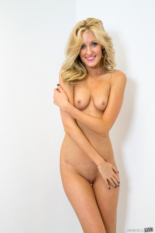 busty anal nude gifs