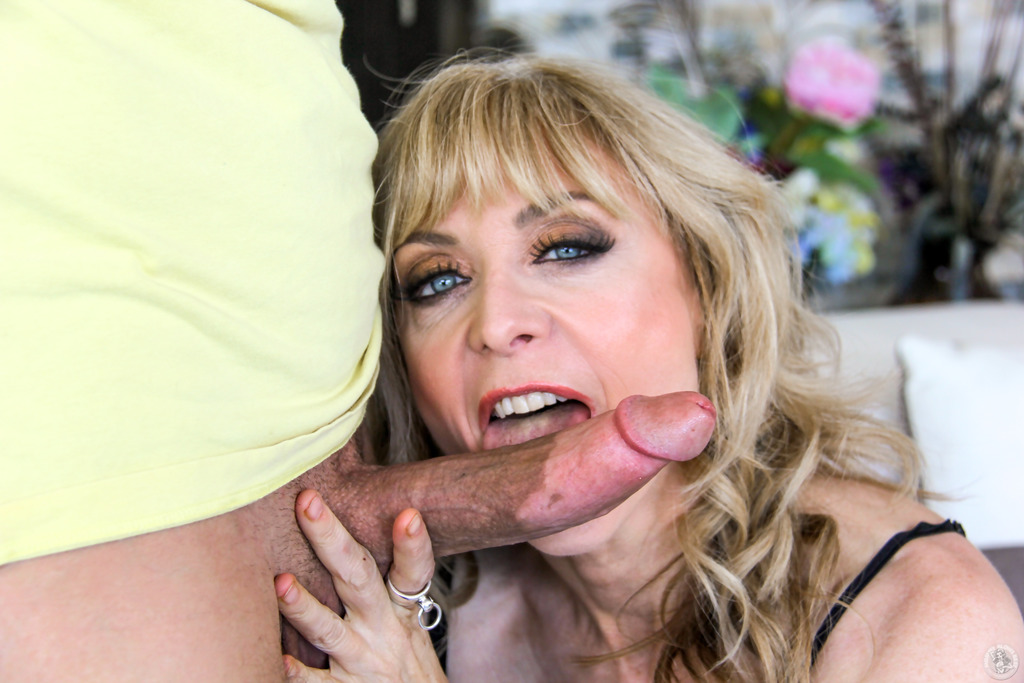 Massive tits mature ritwamk