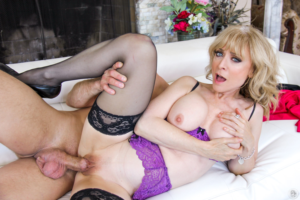 Nina hartley having her toes fucked