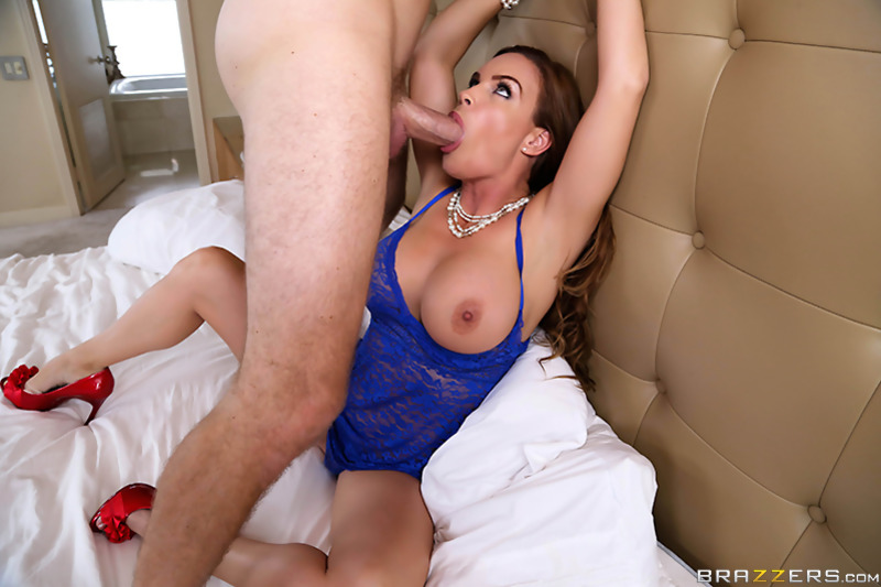 Amature shaved pussy video