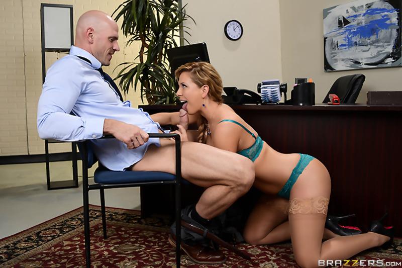 Жёстко отъебал сучку в офисе видео фото 21-964