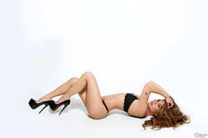 Great posing session features astounding Charmane Star