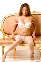 Fascinating posing scene reveals astounding Asian pornstar