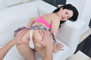 Dark-haired cutie Yhivi has sex with Markus Dupree