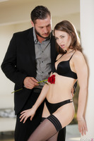 Splendid brunette Riley Reid enjoys Danny Mountain