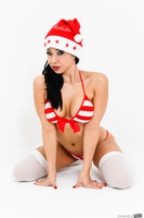 Naughty babe Kimmy Lee in a Christmas photo session