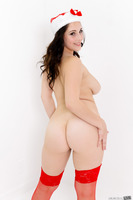 Hot photo session with fascinating beauty Noelle Easton