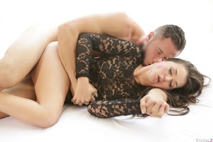 Danny Mountain seduced her hot new lover Allie Haze