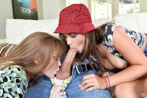 Skillful mommie teaching kids featuring Darla Crane