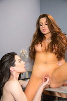 Veronica Vain penetrating Stoya with her sweet toy