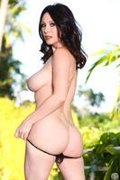 Tremendous Alex Gonz demonstrates her gorgeous ass