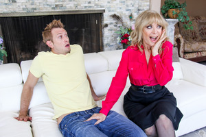 Horny MILF Nina Hartley nailed in her astounding stockings