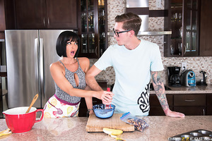 Veronica Avluv is lonely and horny, so to keep herself distracted she decides to bake her favorite snack: banana nut muffins! When Buddy Hollywood comes over to Veronica's house, he senses her pussy is craving a good dicking, so he offers to help her with