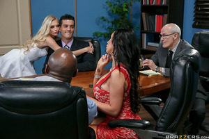 Ramon and Nikki Benz are finalizing their divorce, but they can't seem to agree on anything. In fact, just about the only thing they seem to have in common anymore is a burning desire to make the other jealous. So when Nikki calls in her new boy toy Princ