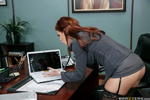 Britney Amber can't believe what IT found on Bill's computer: porn, porn and more porn, all about big asses and anal sex. She can't have an employee spending company time jerking off, so she calls Bill into her office for a little chat. Bill goes from hum