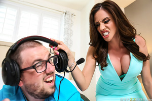 Ariella Ferrera is a horny MILF who wants nothing more than her video game addict son to leave the house so she can call in a male escort to fuck her brains out. It's clear: Ariella wants it bad! Only problem is that Keiran Lee, her son's friend, shows up