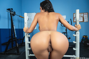 Amia Miley loves to lift, but not as much as she loves to fuck. So when she sees sexy stranger Johnny in the weight room she knows exactly how to get his dick hard. Soon he's playing with her perfect tits and then she's taking his dick deep down her throa