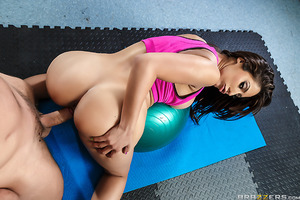 Toni Ribas goes to see his physiotherapist, the luscious Reena Sky, in order to cure discomfort in his neck. The sexy busty babe of a doctor prescribes yoga to work out his muscles, but soon they realize there's a lot more sex-ercise in fucking each other