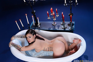 Karmen Karma got everything she wished for and more, when an ace pipe-layer came to visit her in the bath for a wet-and-wild session of sex. After Karmen freed her banging body from the confines of her wedding dress, she sat her thick juicy butt on the si