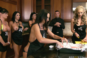On this episode of Brazzers House, it's tits versus ass in the kind of epic cook-off you could only see when porn chicks come out to play! And to celebrate Dani Daniels' birthday, Alektra Blue and Missy Martinez take the bootylicious beauty aside to recei