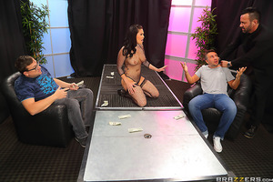 Have you ever fantasized about being smothered by a big booty stripper? Ever daydreamed about burying your face in London Keyes' incredible juicy butt? Well our man Keiran Lee got to live the dream, fucking her pretty face as she deepthroated his fat cock