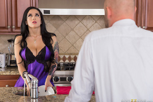The second her husband headed off to work, Katrina Jade invited in a specialist in pounding pussy. She needed a real swinging dick to stuff her box full of big black cock, and only Sean Michaels could provide the ample inches she needed to be truly satisf