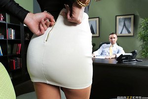 Keiran was dreading having to do yet another interview for the data entry position in his office. And guess who walked in? His ex Jaclyn Taylor, wearing a low-cut top and willing to beg on her knees to get the position. After telling Jaclyn to lock the do