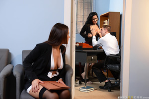Valentina Nappi and Abbey Lee Brazil both want the big job and are willing to do anything to get it. But how can Mr. Knight be expected to choose between them? Valentina looks so fuckable in her black stockings, but then so does Abbey in her sexy nude thi