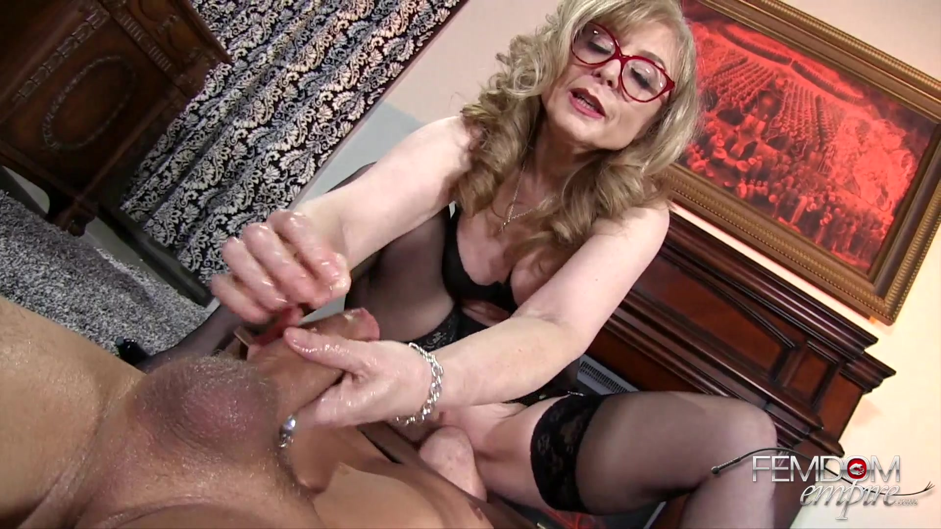Mature With Sexy Glasses, Nina Hartley, Amazing Handjob Porn Play -2329