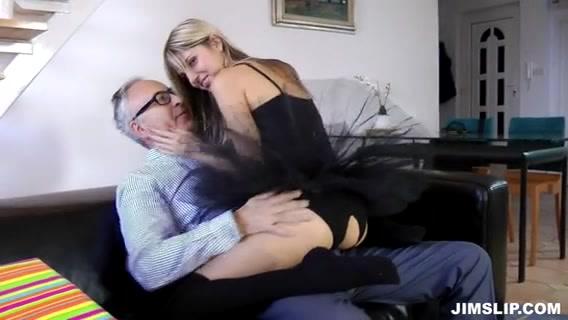 Gina Gerson fickt alten Mann