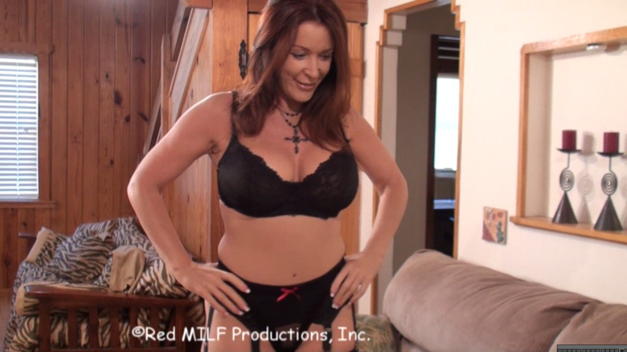 rachel-steele-video-hd