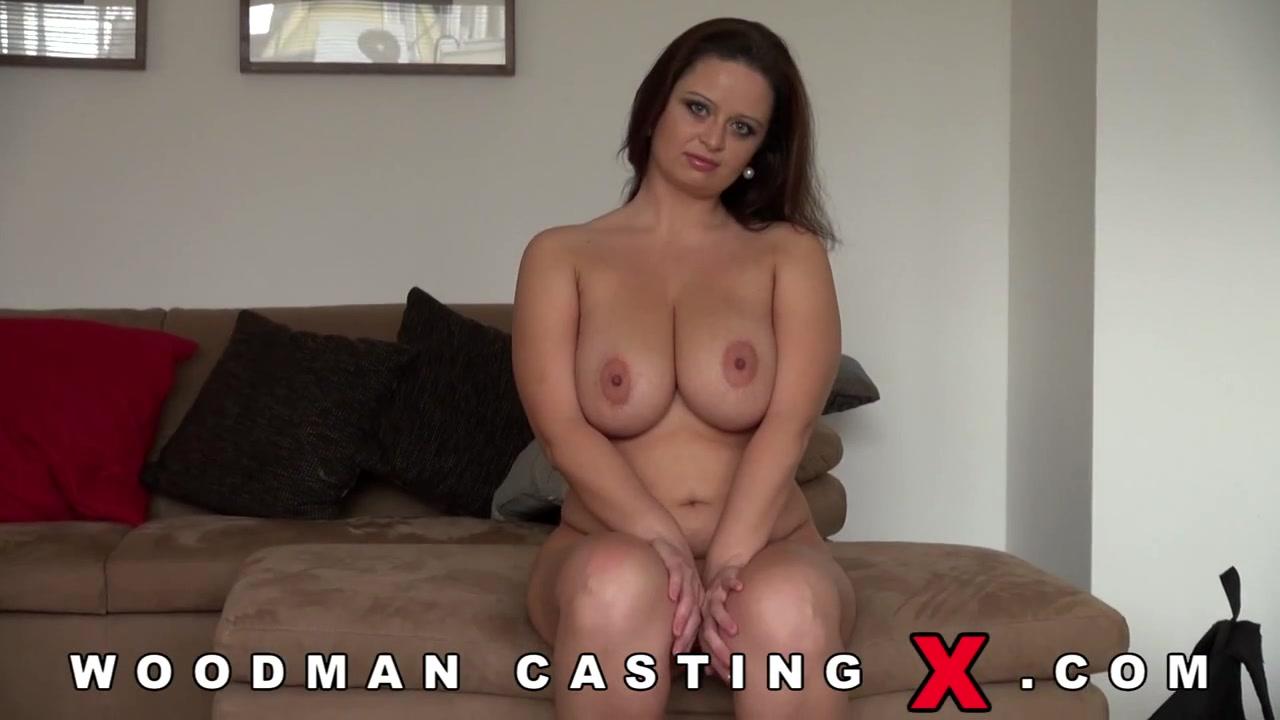 Порно кастинг зрелых женщин у вудмана